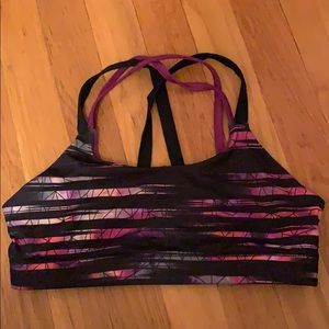 NWOT champion sports bra with cool back in SZ 9